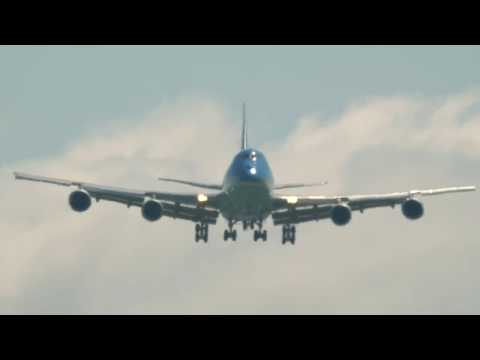 The BEST Air Force One Landing You Will Ever See