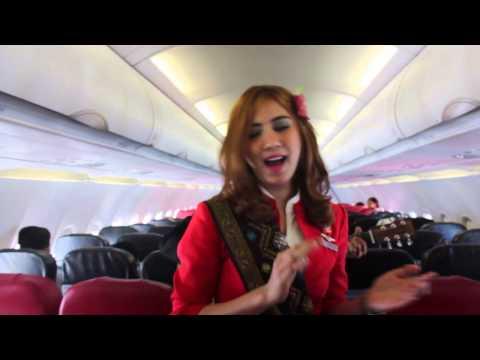Penerbangan Perdana rute baru Surabaya - Lombok