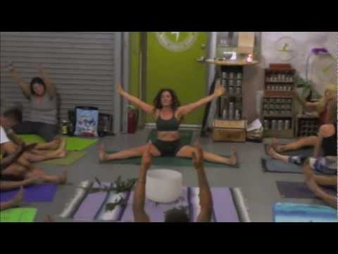 true YOGiiZA Michelle Alva, I Love Organic Yoga Clothing