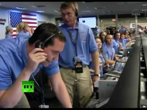 Nasa Control Room During Curiosity's Touchdown