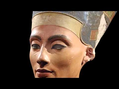 1340 - Thutmose, Model Bust of Queen Nefertiti, New Kingdom, 18th dynasty, c. 1340 BCE, limestone and plaster (Egyptian Museum and Papyrus Collection/Neues Museum, ...