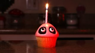 Five Nights at Freddy's Cupcake - Quake n Bake