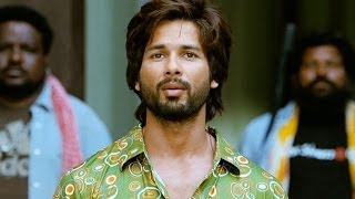 Shahid Kapoor gets violent - R...Rajkumar (Dialogue Promo 1)
