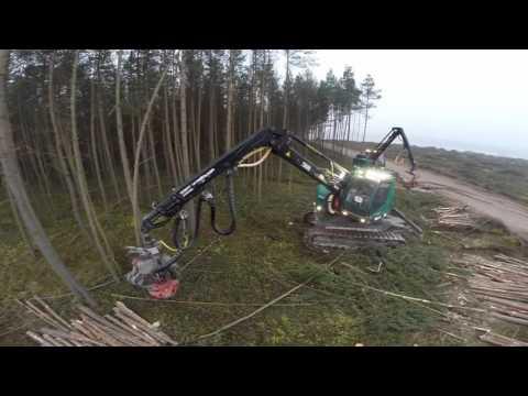 Forstbetrieb Haneder, 2 Stück Harvester im Einsatz, Neuson 242 HVT und 182 HVT Dezember 2015