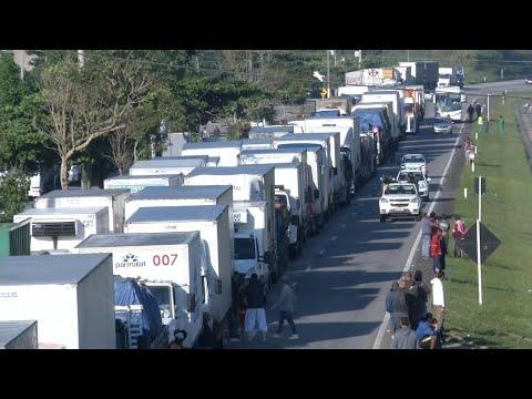Gestiegene Dieselpreise: Brasilianische Trucker pau ...