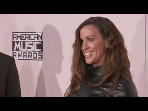 Alanis Morissette to go on tour in 2020