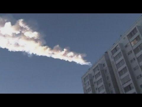 I danni del meteorite in Russia