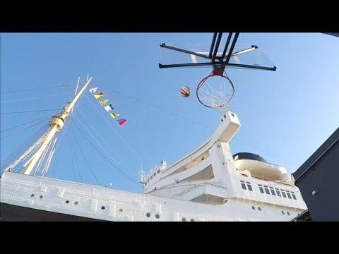 Harlem Globetrotters nutzen die Queen Mary für Showeinlag ...