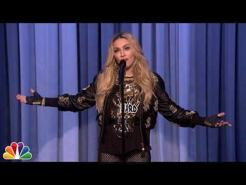 Η Madonna κάνει -αποτυχημένο- stand up comedy - (video)