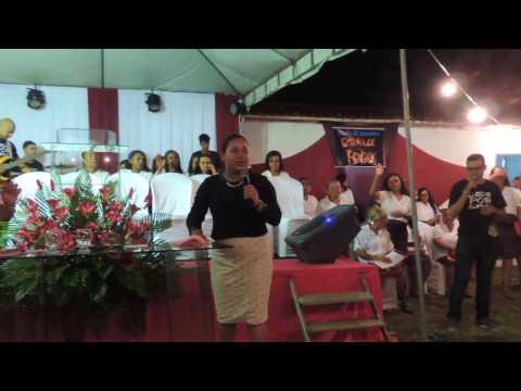 PREGADORA E CANTORA GOSPEL DA BAHIA-SURANY BRITO EM CANAVIEIRAS- BA