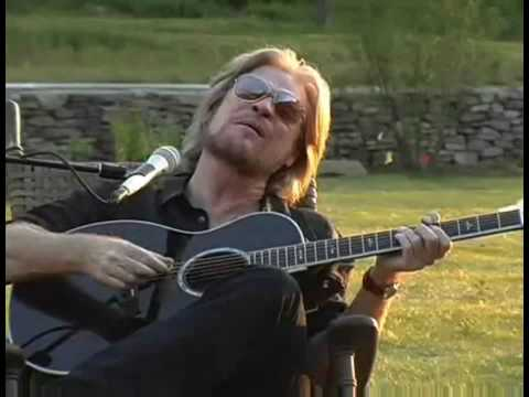 Ain't No Sunshine - Daryl Hall With Finger Eleven
