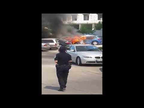 На Генуэзской горят автомобили