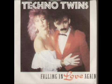 Tekst piosenki Techno Twins - Falling In Love Again po polsku