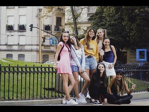 Fotos de amor - Amor propio fotos del elenco (serie web) de YT - Lola Poggio