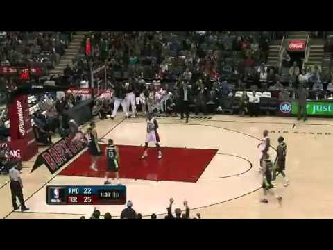 Nice steal and dunk by Amir Johnson