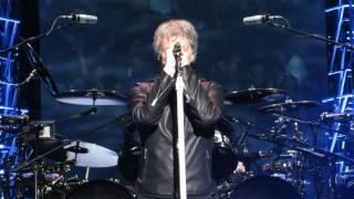 "Download Lagu Bon Jovi ""New Years Day"" Live @ Madison Square Garden Mp3"