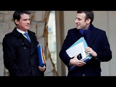 Ο Μανουέλ Βαλς γυρνά την πλάτη στους Σοσιαλιστές και επιλέγει Μακρόν για πρόεδρο