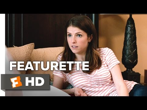Table 19 (Featurette 'Meet Eloise')