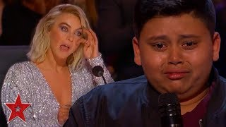 Video Kid Singer Gets GOLDEN BUZZER From His FAVOURITE Judge On America's Got Talent | Got Talent Global MP3, 3GP, MP4, WEBM, AVI, FLV Agustus 2019