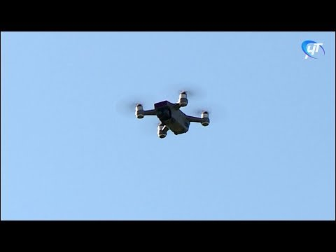 Впервые в Великом Новгороде прошли гонки летающих дронов