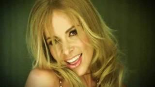 Gloria Trevi Vestida De Azucar (VIDEO)