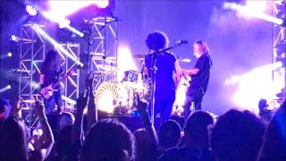 Fan invited to play drums with Alice in Chains