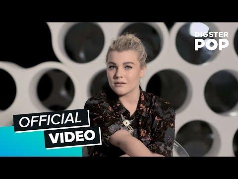 ann - Das Offizielle Video zur Single 'Blue Heart' von The Voice of Germany 2014 - Charley Ann Schmutzler Die Single erhältlich bei: iTunes http://bitly.com/1tIx7Vr | Amazon http://amzn.to/1vQE8GT...