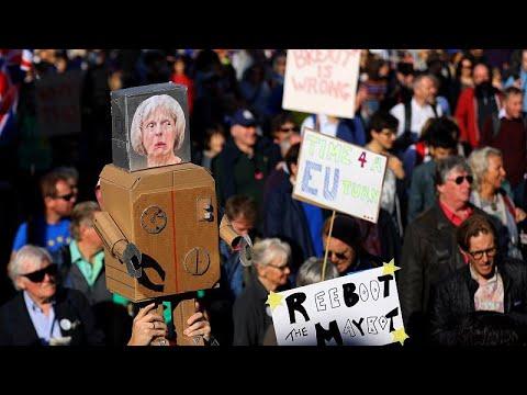 Βρετανία: Χιλιάδες διαδηλωτές ζητούν τη διενέργεια νέου δημοψηφίσματος…