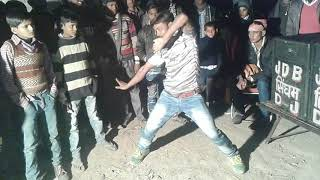 Video Lal Dupatte Wali Apna Naam To Bata.               by Bablu dancer download in MP3, 3GP, MP4, WEBM, AVI, FLV January 2017