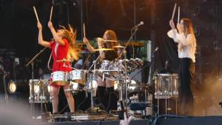 Haim - Drum Jamming at the end of their 2016 Lollapalooza set