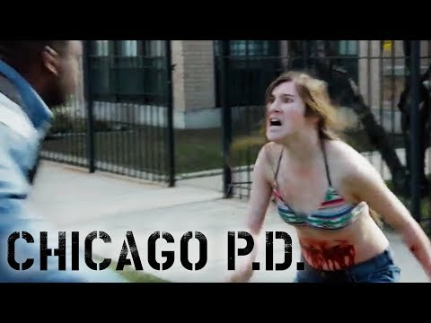 Drug Mule Goes Crazy! | Chicago P.D.