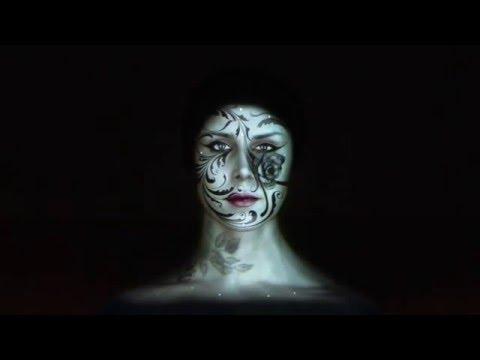 Крутая 3D Проекция на Лице Девушки (2016) (видео)