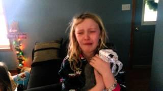 Kitten Surprise Puts kids in shock! Bonnie & Jovi