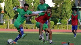 Guwahati India  city photos gallery : Three Star Club's Training Session In Guwahati, India For 64th Bordoloi Trophy