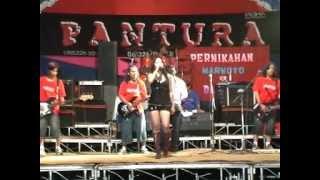 Hot Pantura Live Music 2012 -  Menunggu