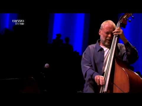 Kenny Barron & Dave Holland - Billie's Bounce