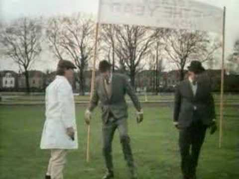 Monty Python&#39;s Flying Circus - The Naked Ant