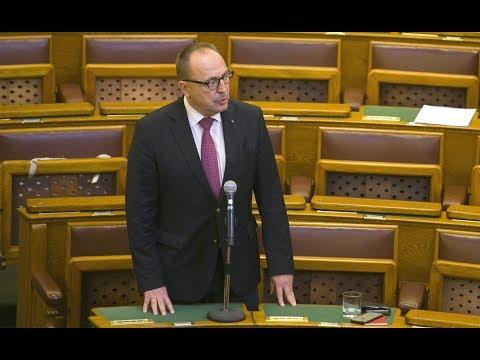 Németh Zsolt Fidesz nevében gratulált a CDU/CSU pártszövetségnek és Angela Merkel pártelnöknek