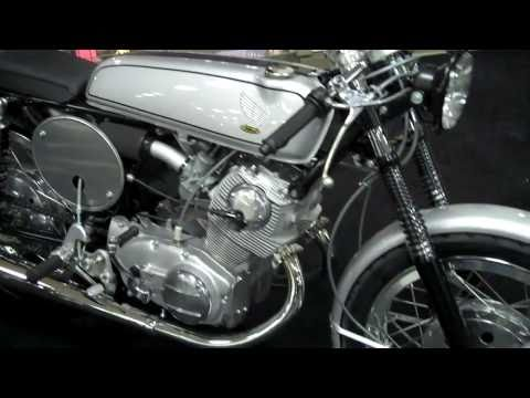 Replica 1965 Honda CB77