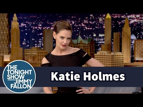 Katie Holmes NAILS Beyonce's Super Bowl Halftime Moves with Jimmy Fallon!