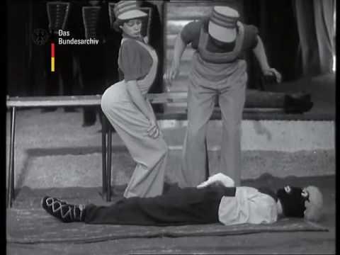 "Morlidors, ""Puppe""/doll act/""Кукла"", 1952"