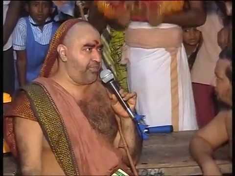 kanchi swamigal vijayam at kalpoondi temple-two