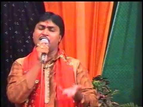 Video Maa Pava Te Gadh Thi Utarya - Garbawali download in MP3, 3GP, MP4, WEBM, AVI, FLV January 2017