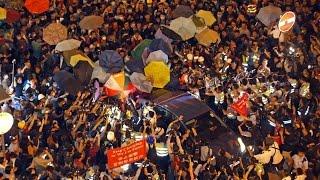 香港旺角再次上演近萬警民攻防戰