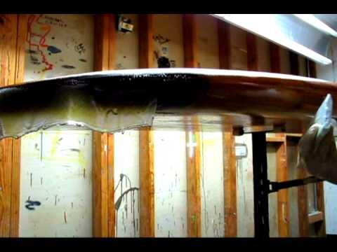build your own standup paddleboard glassing sessh 2.wmv