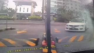 Video Stolen Civic Type R 08' At PJ Condo 2/3 --- 07:46am Car Thief Get The FD2R & Bang! The Gate Go Out MP3, 3GP, MP4, WEBM, AVI, FLV Agustus 2018
