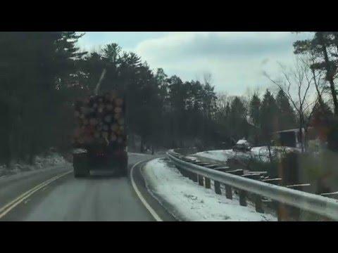 知道為什麼要盡量避免跟大貨車太靠近嗎?看完這影片你就明白了!