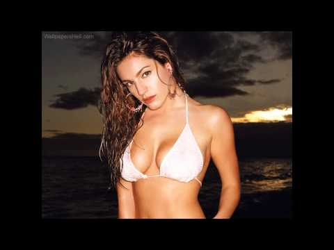 FHM Sexiest Woman 2012    Kelly Brook   20