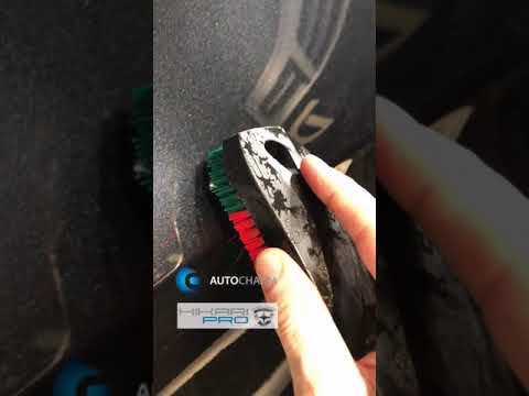 Эксперименты с BMW X5 на затягивание мелких царапин после воздействия кипятка