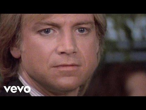 Tekst piosenki Moody Blues - I Know You're Out There Somewhere po polsku